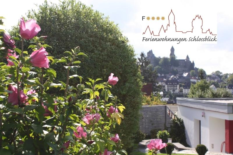 4 Sterne Apartment Schlossblick Wellness Braunfels, location de vacances à Greifenstein