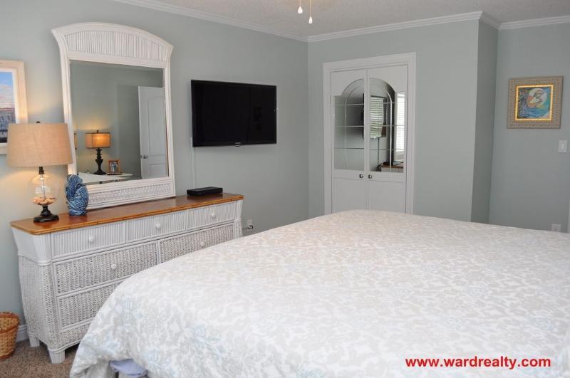 King Master Bedroom II