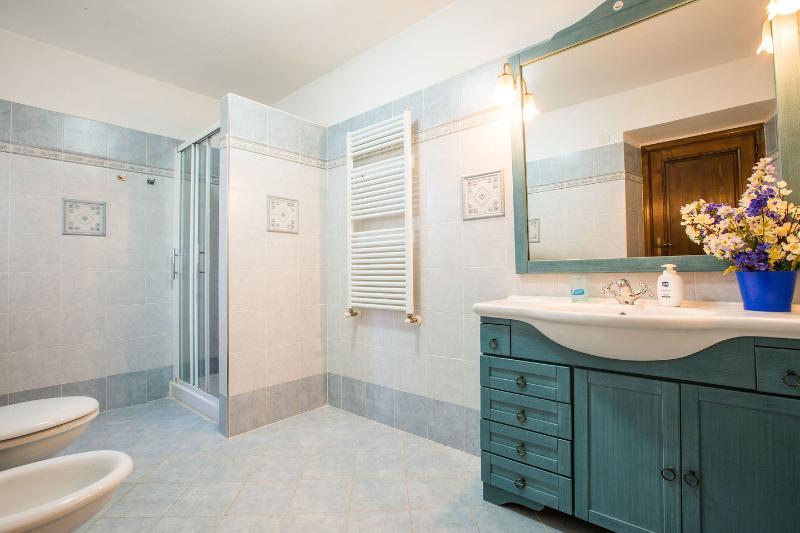 3nd Bathroom