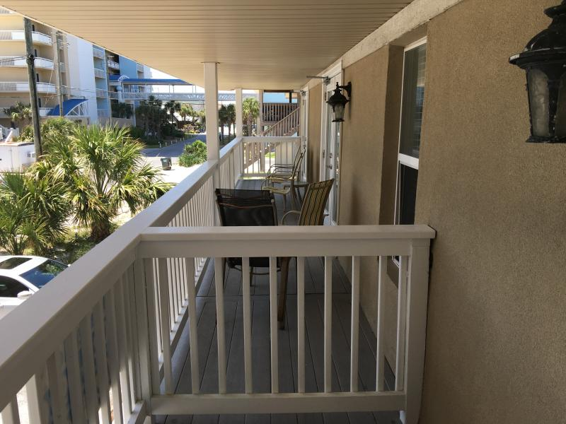 Front balcony for unit 4