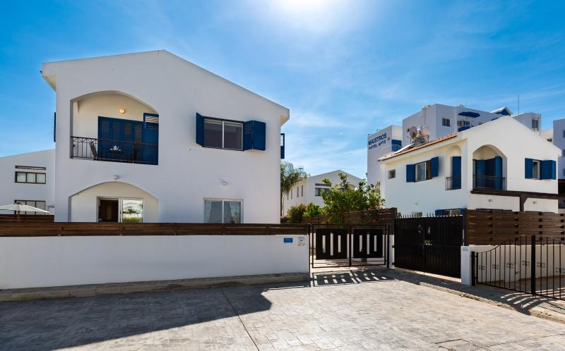 We have 2 x 3 Bedroom villas, next to each other, accommodating groups of up to 15 persons.