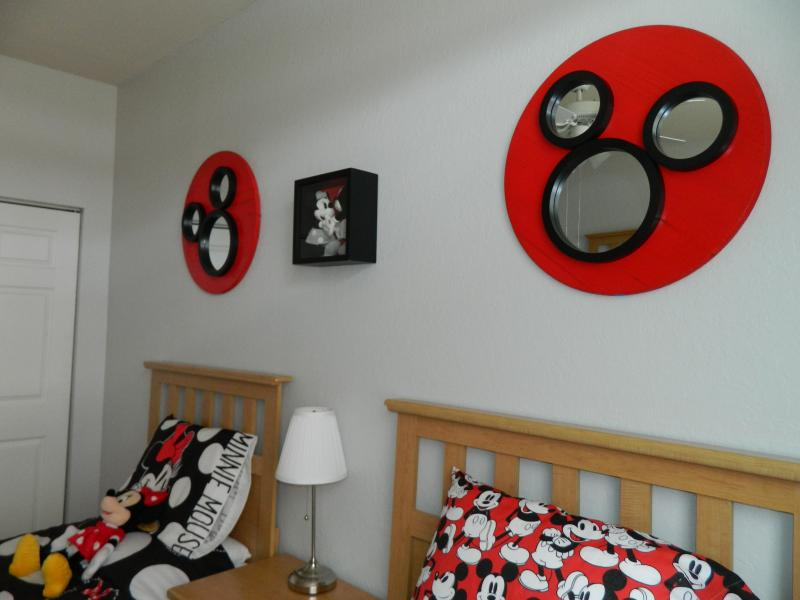 Twin bedroom with Mickey theme