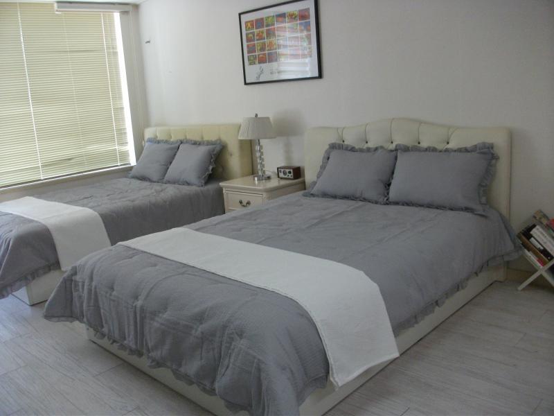 Convenient & clean condominium, holiday rental in Incheon