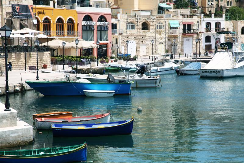 Spinola bay St Julians