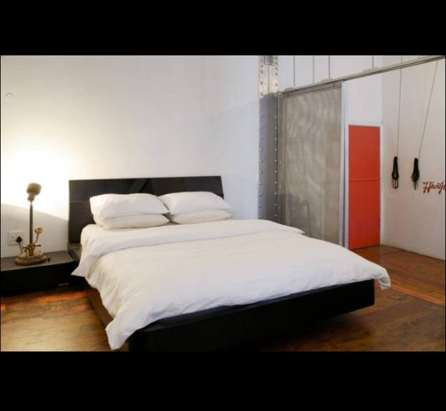 Large open space New York loft living, in the centre of Cape Town!, vacation rental in Woodstock