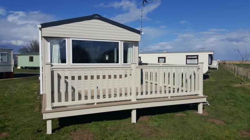GOLD RATED 2016 ABI TRIESTE SOUTHFIELD 9, holiday rental in Barmston