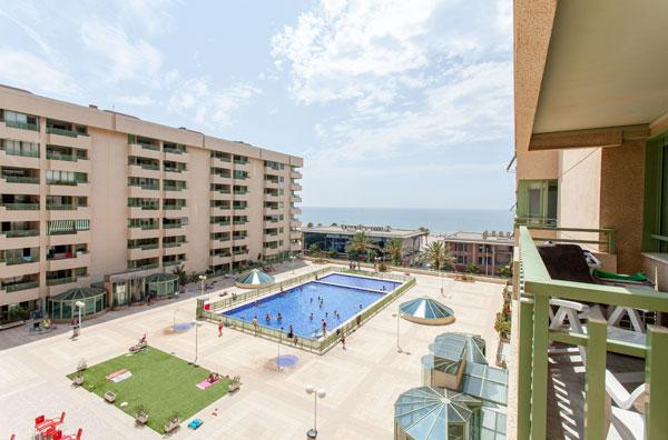 APARTMENT WITH POOL IN VALENCIA BEACH, SPAIN, vacation rental in Port Saplaya