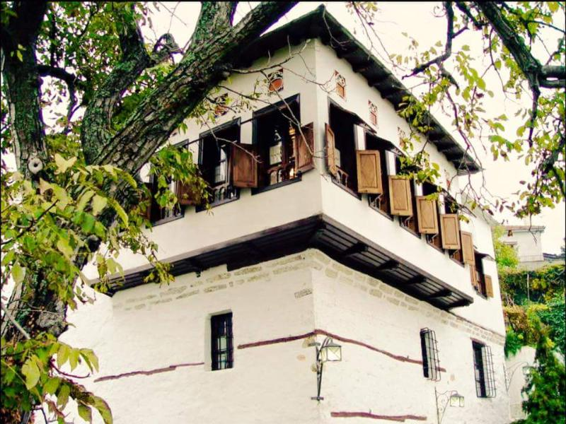 Archontiko Chatziargiri, holiday rental in Katochori