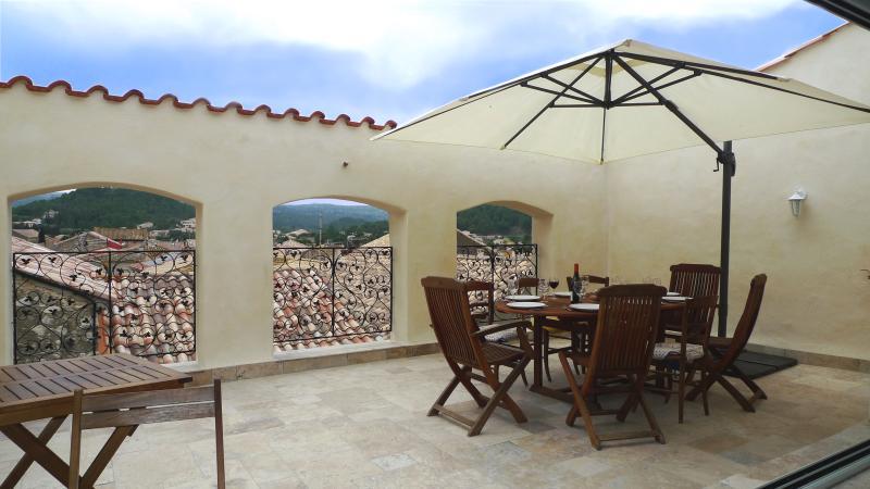 Maison avec terrasse tropezienne pour 8 personnes, holiday rental in Portel-des-Corbieres