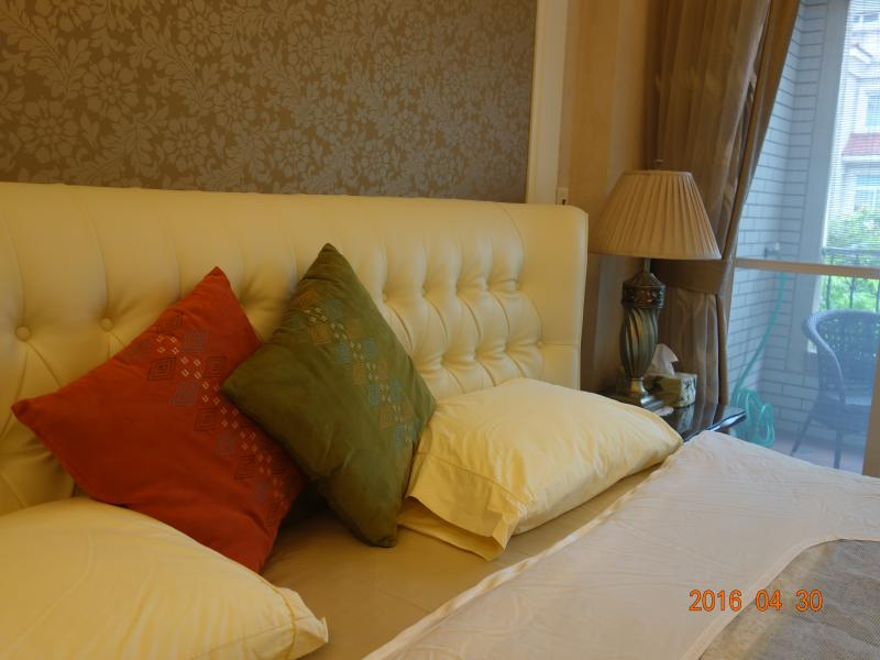 Ocean Villa Just 3 min. to beach ! sleep 8 guests, holiday rental in Beitou