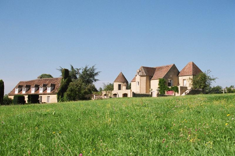 Le MORTIER   gite et chambres d'hôtes de charme, holiday rental in Cerilly