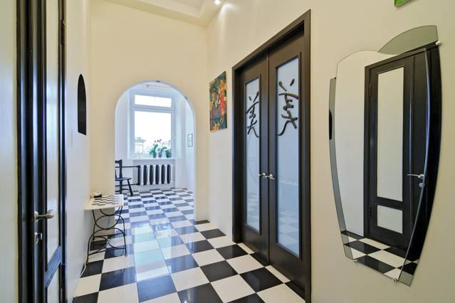 2 BEDROOM CENTRAL CITY APARTMENT LUXURY ECONOMY, holiday rental in St. Petersburg