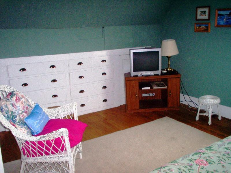 Bedroom with built in chest of drawers, TV, Dvd player. Free movies on sight.