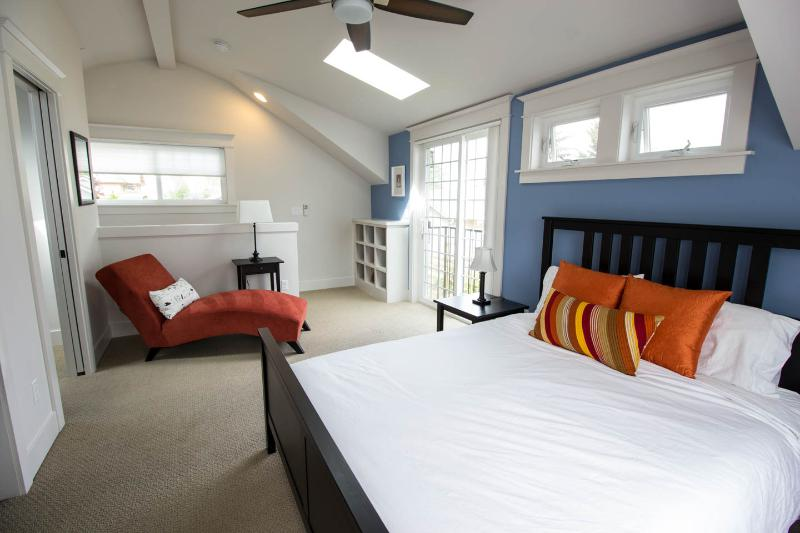 Lots of sunlight, roomy upstairs. Brand new addition. A comfortable chaise to enjoy great upstairs.