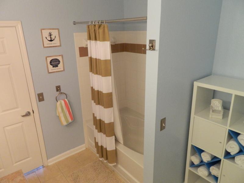 Bathroom 2 with tub/shower.