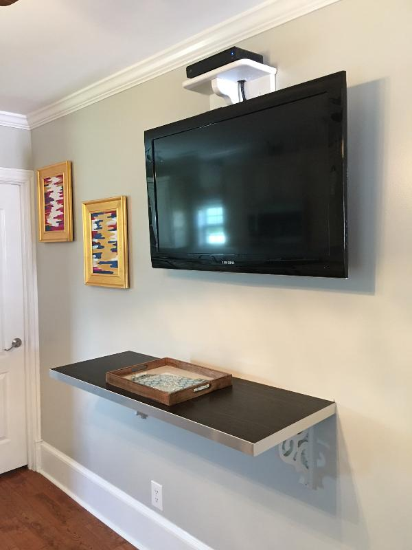 Nice large flat screen TV's in every room!