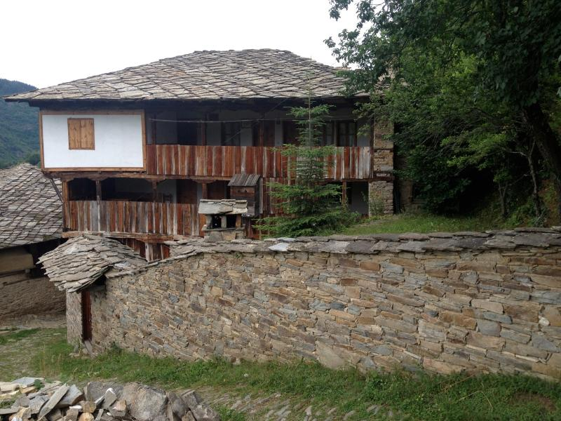Q.pova house since 1860, vacation rental in Kovachevitsa