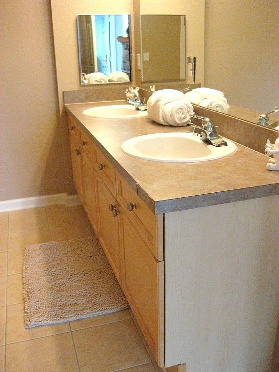 Bathroom 2 twin vanities