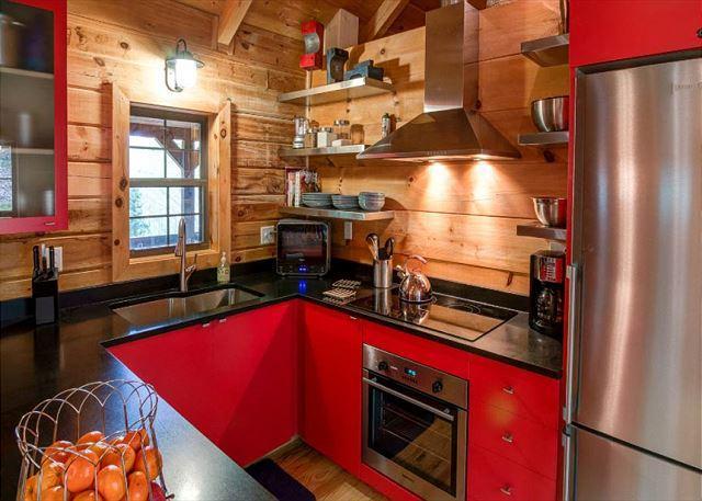 Modern kitchen and ammenities.