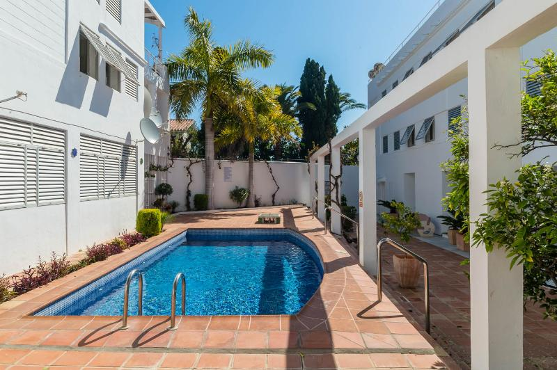 Carabeo Villas, holiday rental in Nerja