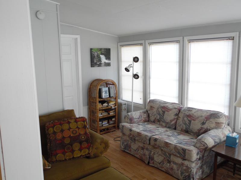 Comfortable sun/living area
