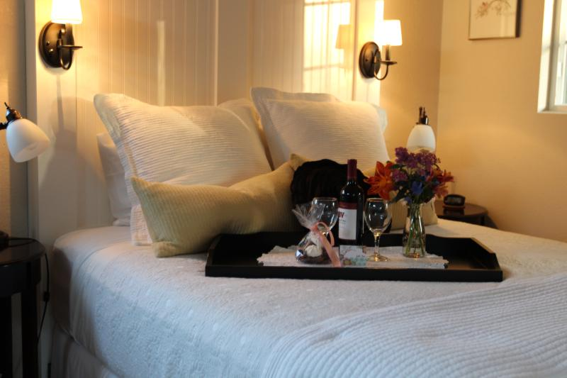 Little Bird Cottage, Perfectly Located, holiday rental in Freestone