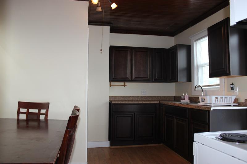 Kitchen (view3)