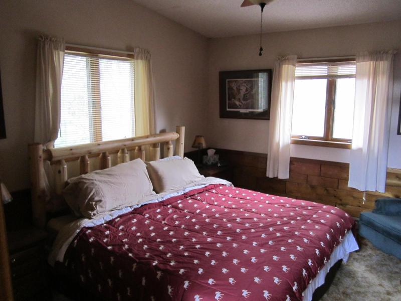 We have four bedrooms with King Size Beds