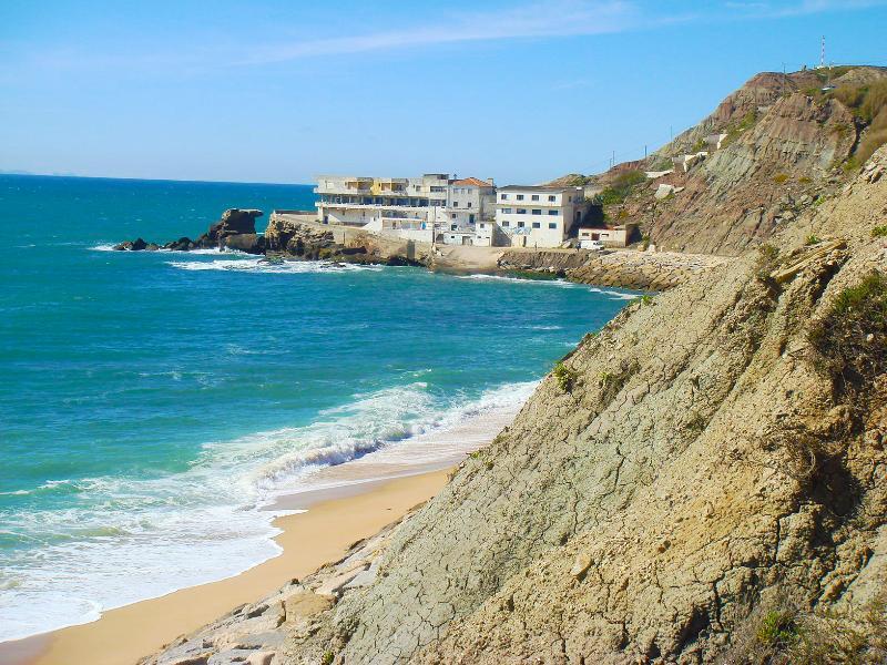 Porto das Barcas beach - north