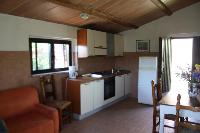 MATERNO 5, vacation rental in Monteguidi