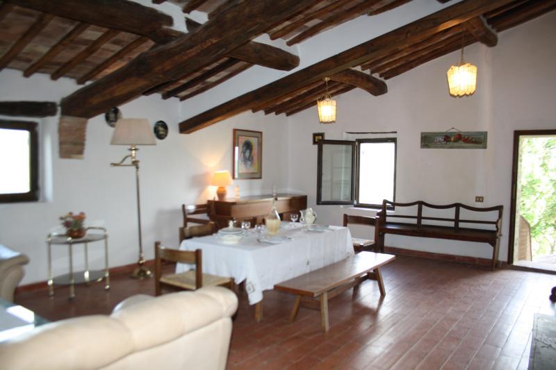 MATERNO 3, vacation rental in Monteguidi