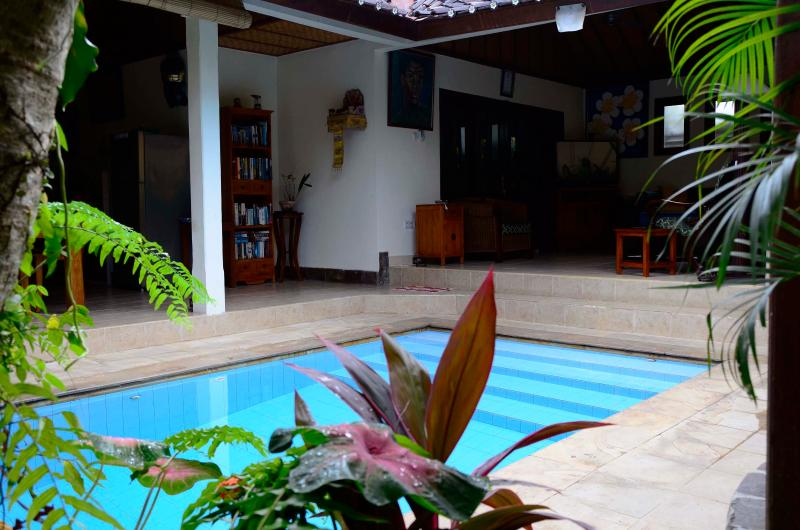 Villa Baliku - Private, 2room villa, close to Ubud, vacation rental in Ubud