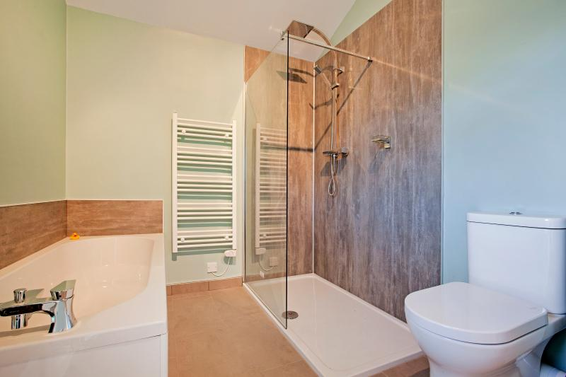 Walk in shower and Evo bath which stays warmer for longer