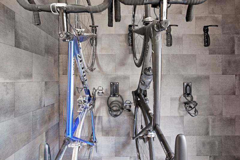Secure cycle storage for up to four cycles per barn