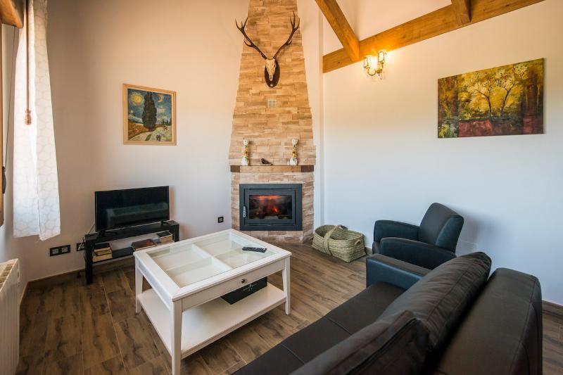 Casa N4 Casas rurales 4 valles en Naredo de Fenar,, vakantiewoning in Garrafe de Torio