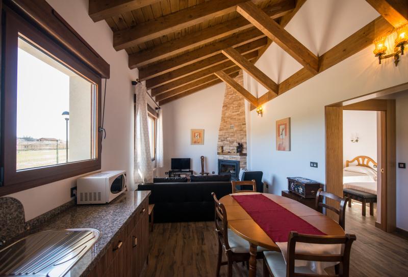 Casa Nº3 Casas rurales en Naredo de Fenar,, vakantiewoning in Garrafe de Torio
