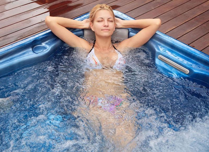 Villa Jonquille -  espace de relaxation et en option un spa plein air.