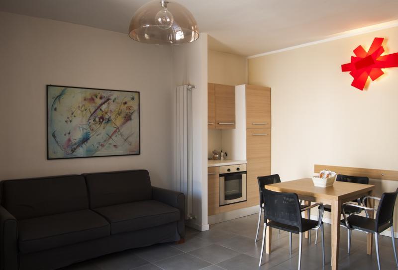 BILOCALE - Villa Seicento, holiday rental in Serina