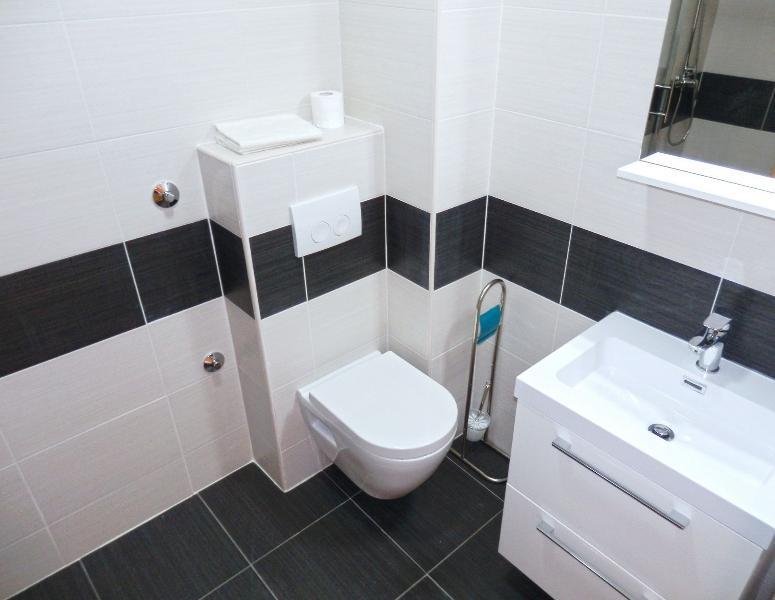 A7 (2 + 2): banheiro com vaso sanitário