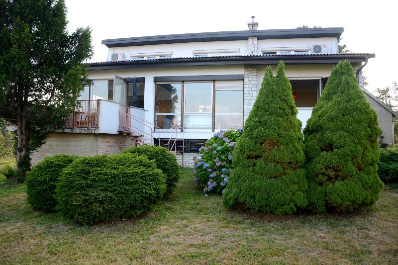 A green haven, holiday rental in Donja Kupcina