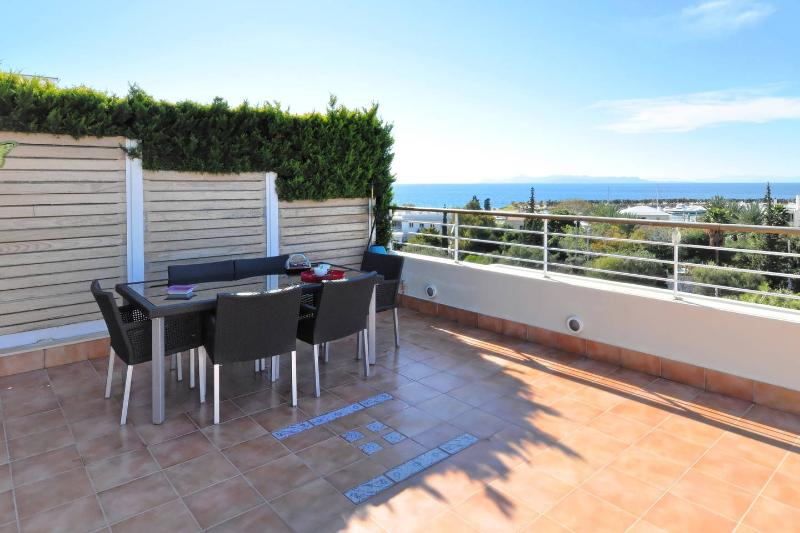 Unique Flat with Sea View in Athens, holiday rental in Glyfada