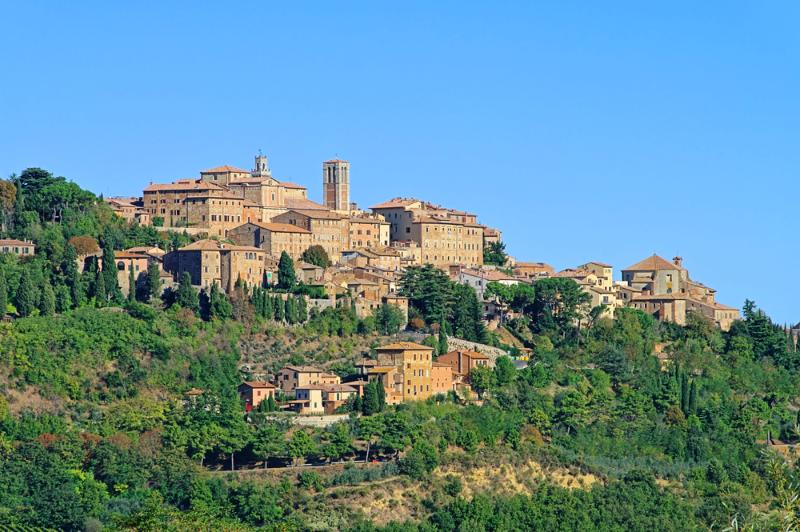 Beautiful Cortona - only a few minutes away