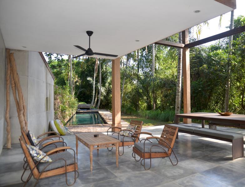 5☆unique,stunning Ubud villa-July/Aug availability, holiday rental in Bedulu
