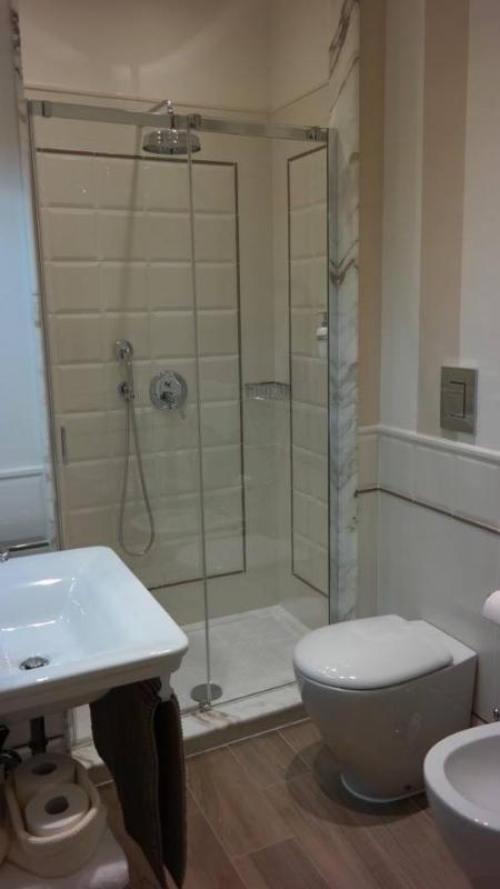 Bathroom\shower