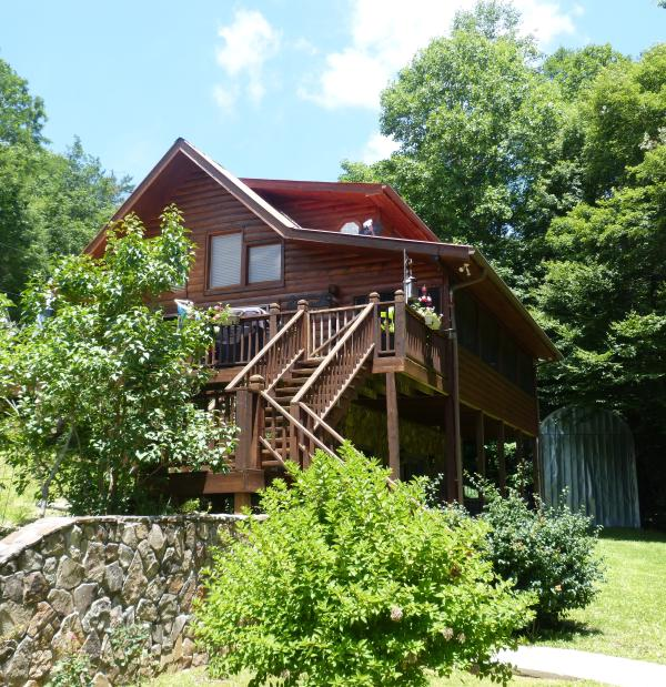3 floor home, big deck, screened lanai porch, hot tub on lower porch, RV garage