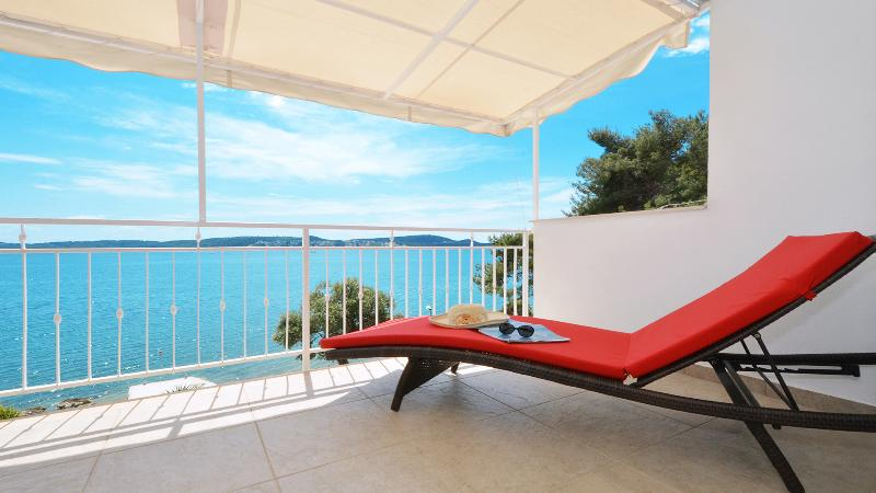 Relax on big terrace - brand new penthouse apartment ANYA