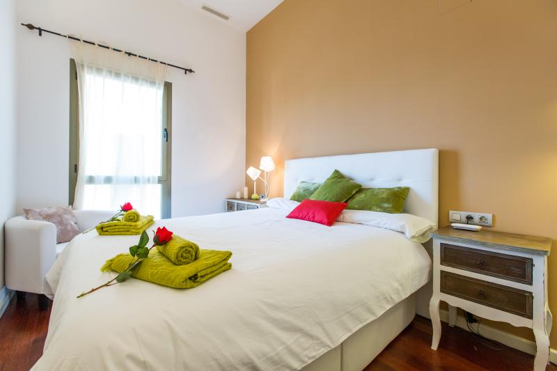 Luxury Central Angel, vacation rental in Barcelona