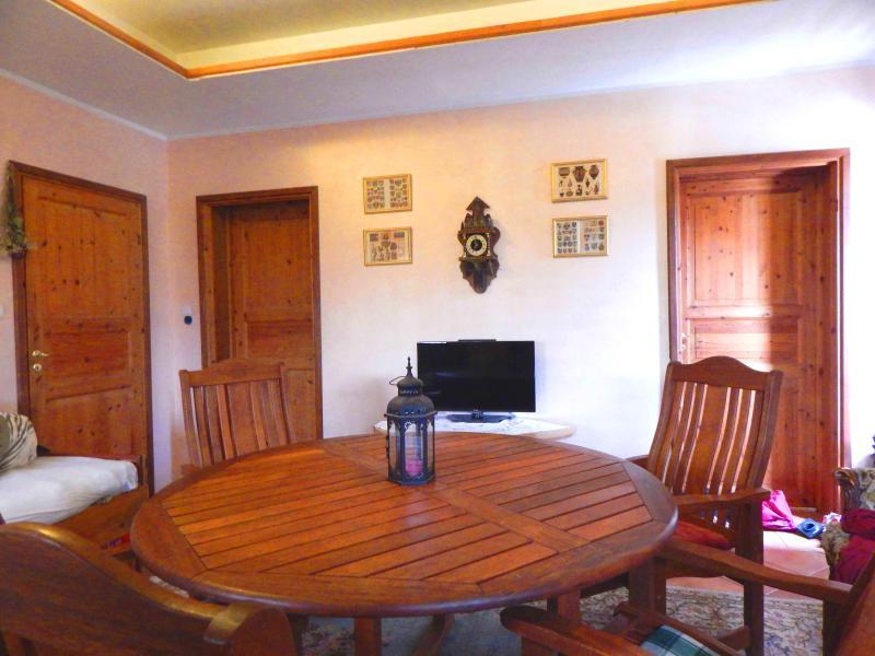 Base Floor Apartment 01, holiday rental in Bibinje