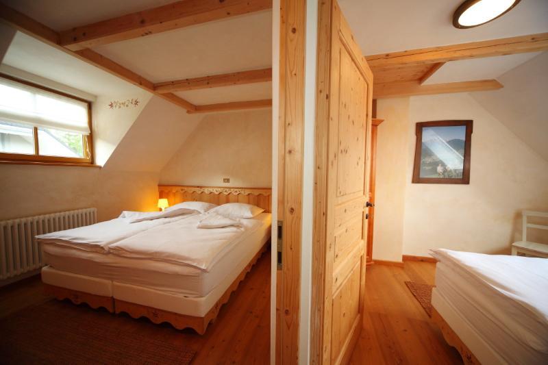 2 separate bedrooms, 1 sleeps 2 and 1 sleeps 1