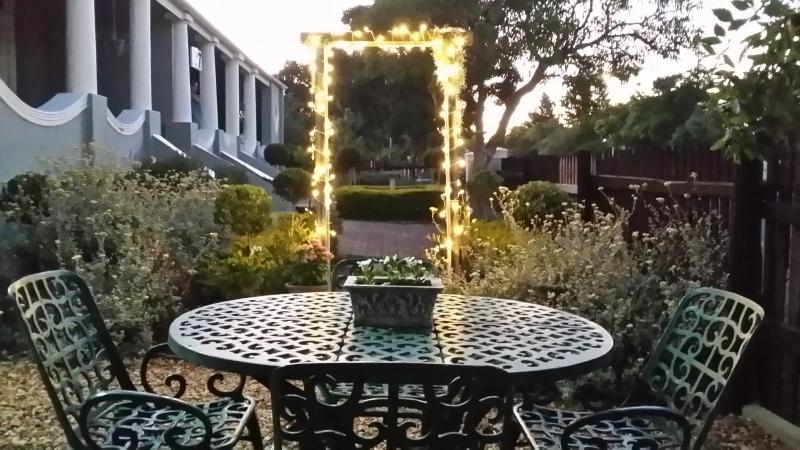 Nostalgia Self Catering Guest House, holiday rental in Riversdale